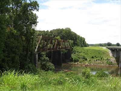 Tallapoosa River Bridge. Note Ala Hwy 229 on right.