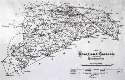 public domain - Source: https://de.wikipedia.org/wiki/Datei:Dreiecksnetz_sachsen.jpg