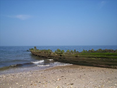 Shipwrecks At Reeves Park Riverhead Ny Shipwrecks On