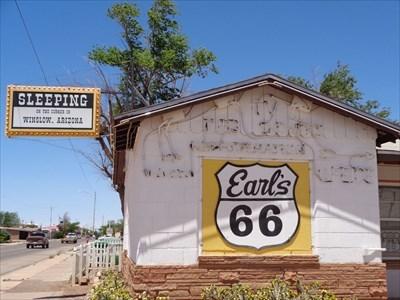 veritas vita visited Earl's Motor Court - Neon's - Winslow, Arizona.