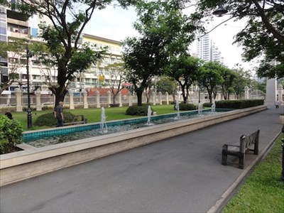 Chuvit Garden Fountain—Bangkok, Thailand. - Fountains on Waymarking.com