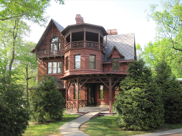 The mark twain house in hartford connecticut for The hartford house