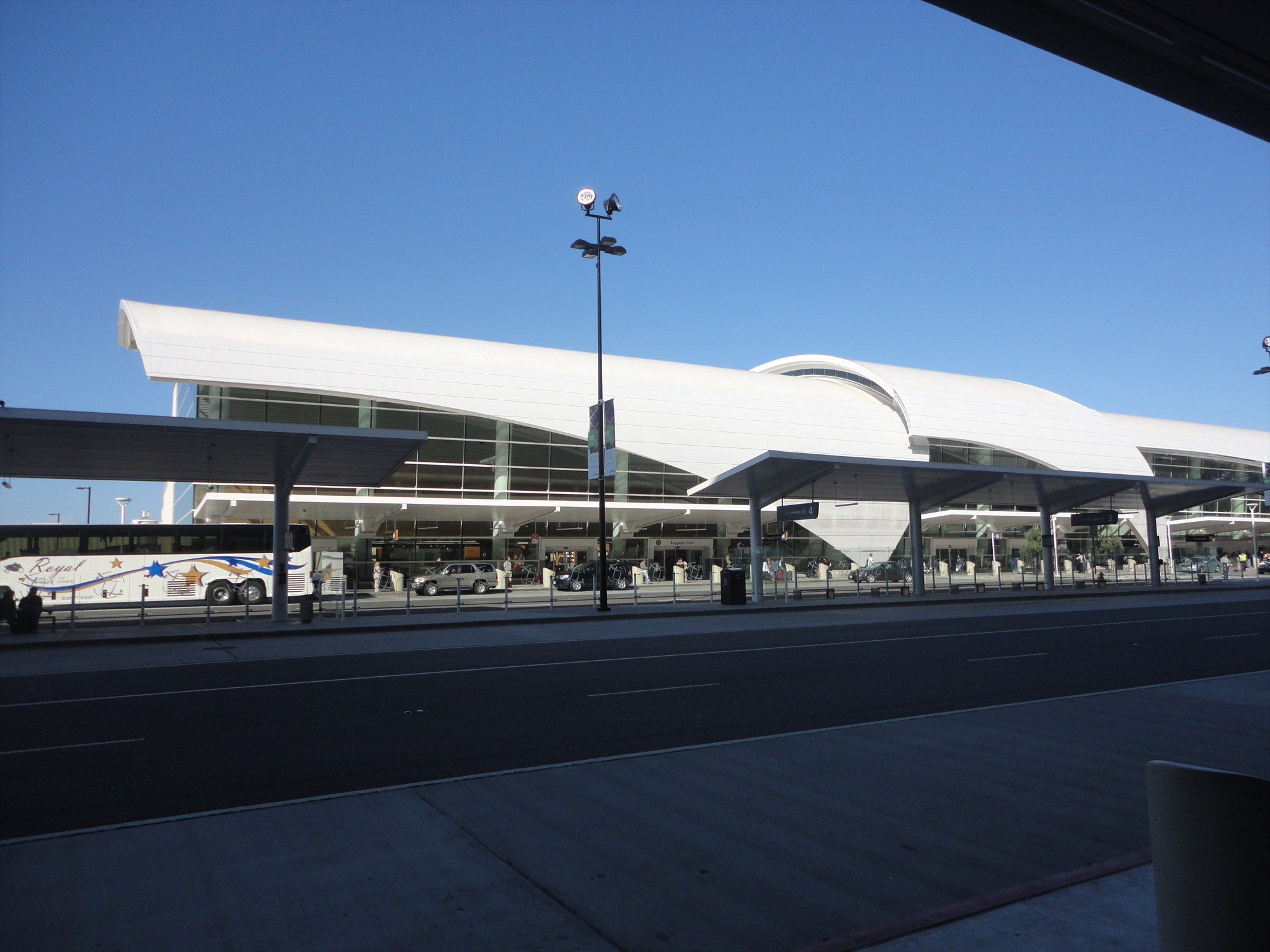Norman Y. Mineta San Jose International Airport - San Jose, CA Image