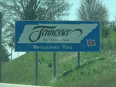 TN - The Volunteer State Welcomes You, VA -> TN on I-81