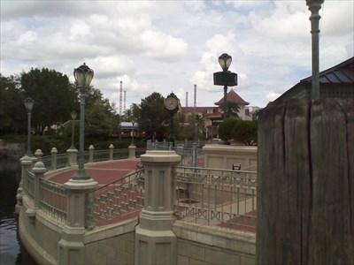 Map Of Universal Studios Florida.Battery Park Universal Studios Florida Town Clocks On Waymarking Com