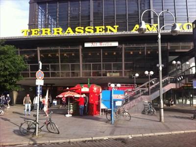 Pay phone booth at Hardenbergplatz