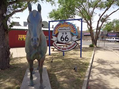 veritas vita visited Stained Crystal, Rt. 66, Amarillo, TX