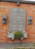Image for Small combined World War I & II Memorial near the cemetery - Namur - Belgique