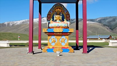 Garden of one thousand buddhas arlee mt satellite imagery oddities on Garden of one thousand buddhas