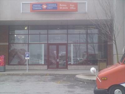 Bureau De Poste De Laval Succ Saint Martin Laval Saint Martin Succ Post Office H7v 1b0 Canada Post Offices On Waymarking Com