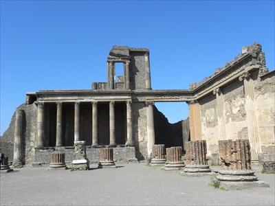 House of the Diadumeni, Pompeii, Italy