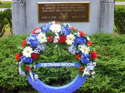 Lord Abercrombie visited Vietnam War Memorial - Brookside Cemetery - Tecumseh, MI, USA