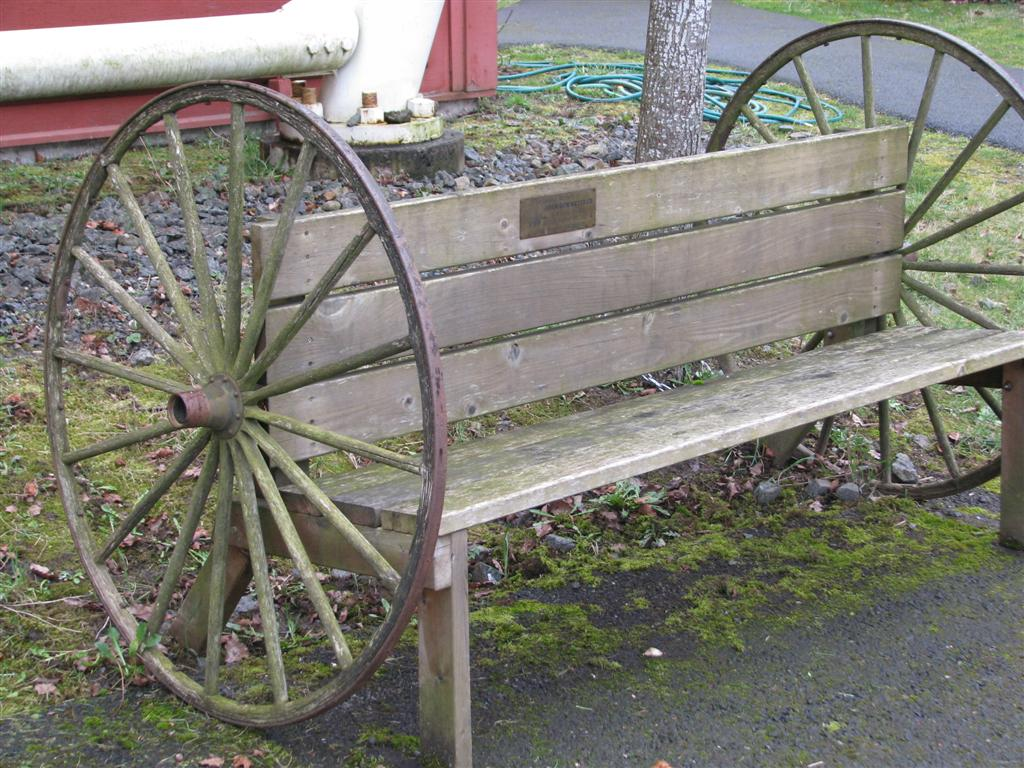bench project watch wagon wheel patriotic