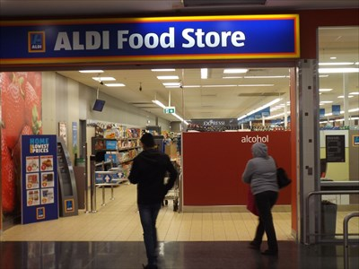 A closer view of the entrance the ALDI store. 8/7/2017