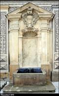 Image for Schwarzenberg' Palace courtyard fountain / Kašna v nádvorí Schwarzenberského paláce (Prague)