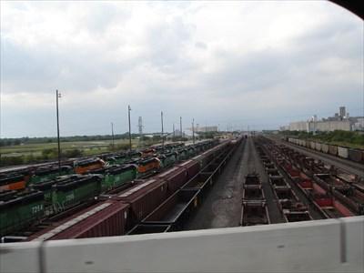 BNSF Alliance Railyard - Blue Mound Texas - Active Rail