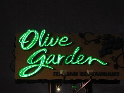 Olive Garden Cobb Parkway Smyrna Ga Neon Signs On