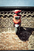 Image for Motorroller an der Hauswand, Niederkassel-Mondorf, NRW, Germany