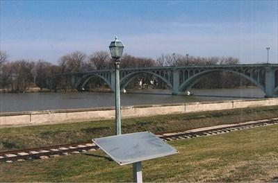 Wabash River and the Lincoln Bridge