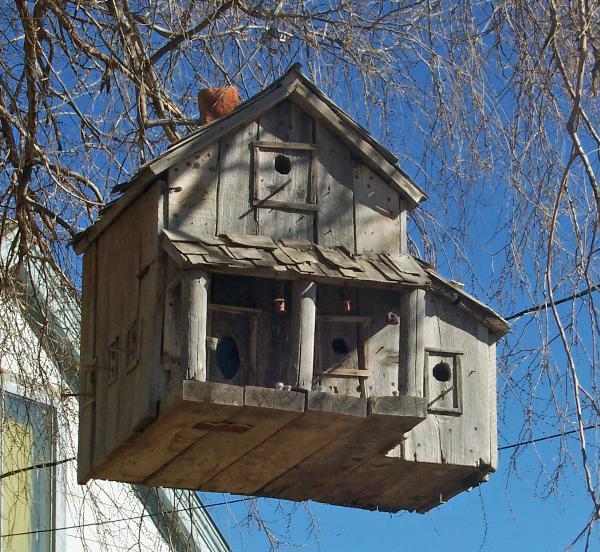 New Harmony Old Hotel Unique Bird Houses On Waymarkingcom