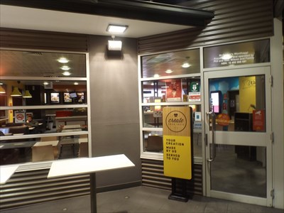 Entry to the Store 0630, Thursday, 26 May, 2016