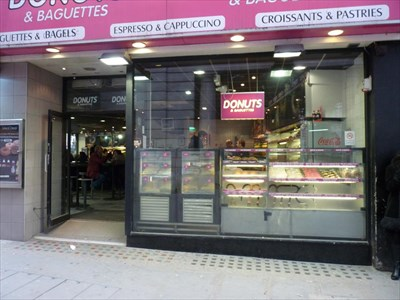 donuts baguettes piccadilly circus london uk