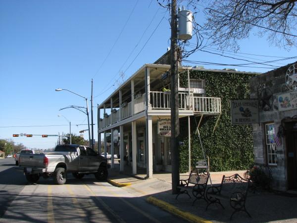 Main Street Bed Breakfast Fredericksburg Texas Bed And