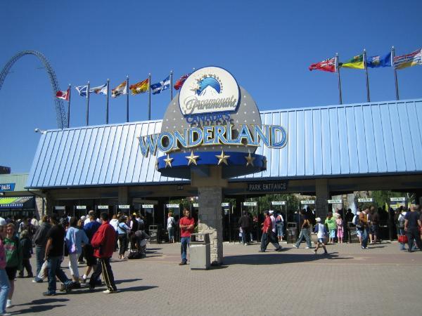 Amusement Parks - Paramount Canada's Wonderland - Amusement Parks ...