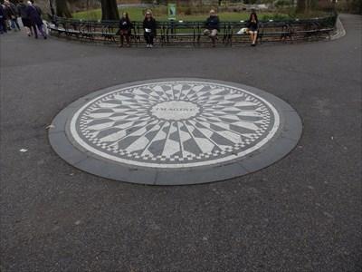 John Lennon Memorial, Central Park, New York
