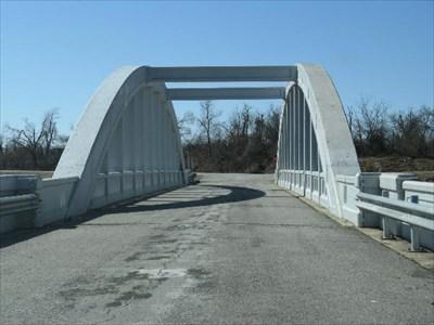RAINBOW CURVE BRIDGE RT 66