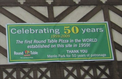 First Round Table Pizza Menlo Park Ca First Of Its