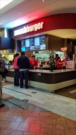 """Smashburger is a leading fast casual """"better burger"""" restaurant known for its fresh never frozen, % Certified Angus Beef® burgers that are smashed on the grill to sear in the juices. In addition to burgers, Smashburger offers chicken sandwiches, fresh salads, and hand-spun Haagen-Dazs® shakes."""