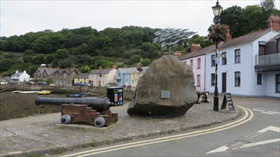 Lower Town Cannon - Fishguard
