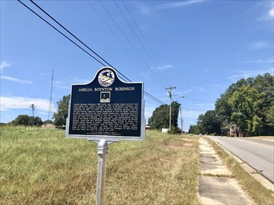 View of marker looking west on Franklin Road, west of Tuskegee University.