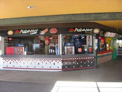 Pizza Hut Santa Cruz Boardwalk By Carousel Ca Restaurants On Waymarking