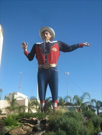 Big Tex in his original incarnation, with just hours to live.  Photo taken 10/18/2012
