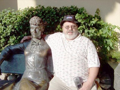 I love lucy palm springs ca sit by me statues on for The lucy house palm springs
