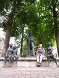 Image for Alfons Olterdissen met luisterende kinderen, Maastricht, Netherlands