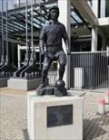 Image for Fußballer-Statue Heinz Flohe dribbelt vor der Südtribüne - Köln, NRW [GER]