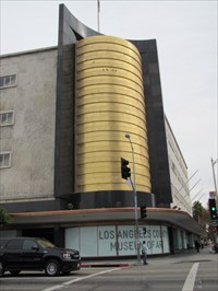 Corner of Wilshire Blvd and Fairfax, Los Angeles
