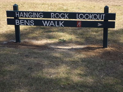 Sign at the start of the track (Hanging Rock Lookout)