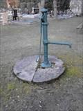 Image for Pumpa na vodu-hrbitov Psáry, CZ