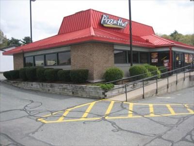 Pizza Hut Sherwood Plaza Route 9 Natick Ma Pizza Hut