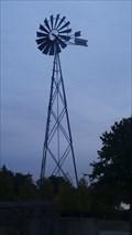 Image for L'éolienne du parc des Hautes-Bruyères - Villejuif, Île-de-France