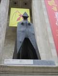 Image for Figure vêtue d'une cape IX- Cloaked Figure IX - Montréal, Québec