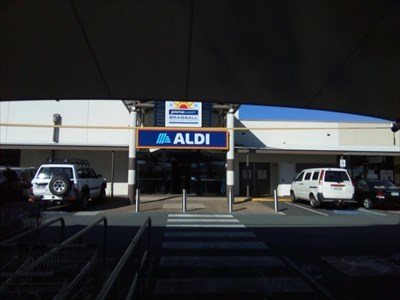 Entrance to the shopping centre, showing the shade sail over some of the car parks. 0900, Saturday, 18 May, 2019