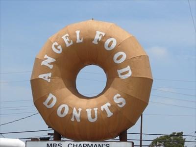 Angel Food Donuts, Long Beach, California
