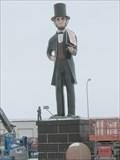 Image for BIG Abe Lincoln - along I57 near Bourbonnais, IL