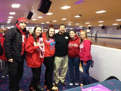 Chris, Nichole, Renee, Trisha, Brandi and the manager for the skating rink.