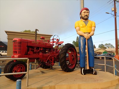 Big Guy - Route 66 - Flagstaff, Arizona